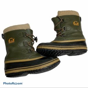 Green Leather waterproof Sorel boots